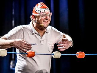 Bademeister Rudi Schaluppke in Aktion